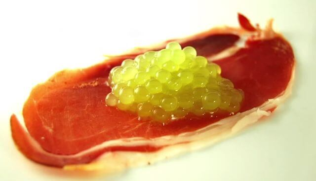 Früchte aus molekularer Küche