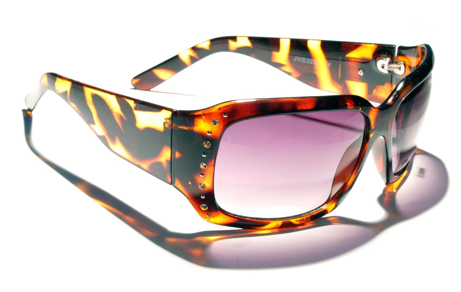 Individuelle, massengefertige Sonnenbrillen aus dem 3D-Drucker werden zum Trend 2014