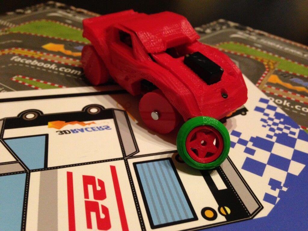 Spielzeugauto aus 3D-Drucker