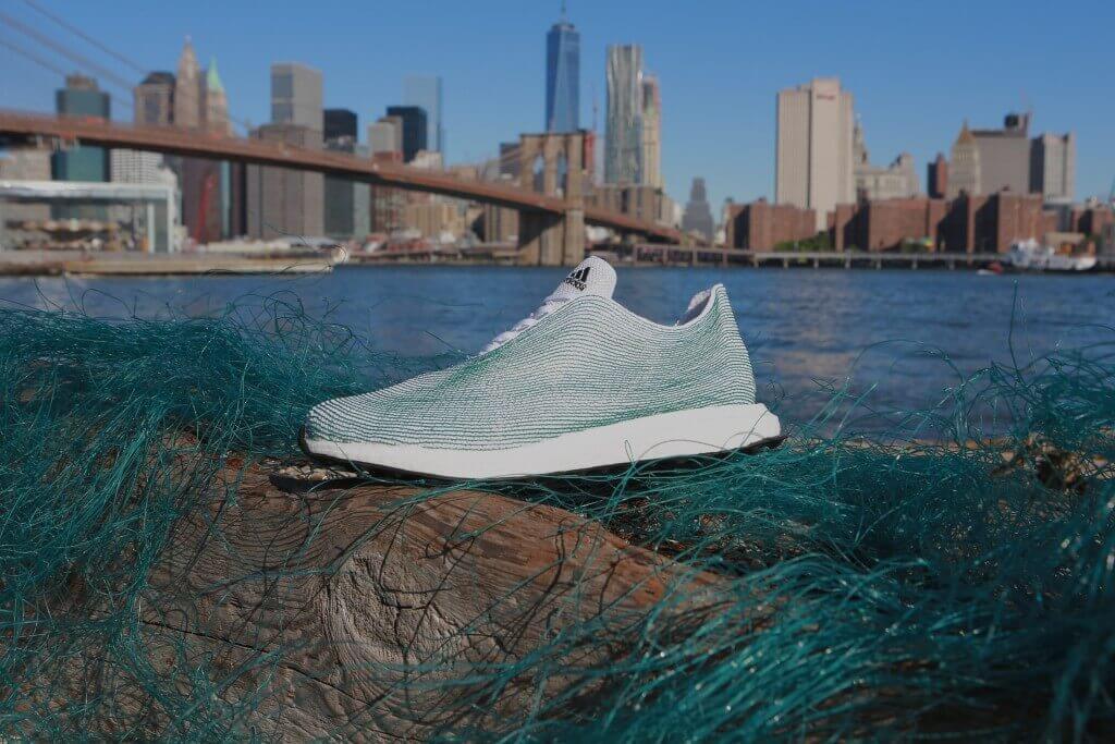 Snkeaer von Adidas und Parley Ocean
