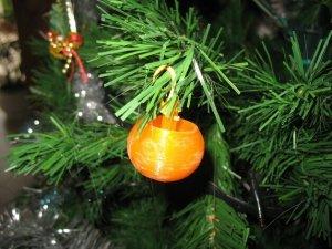 Offene Christbaumkugel aus dem 3D-Druck