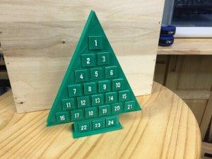 Weihnachtsbaum-Adventskalender aus dem 3D-Drucker