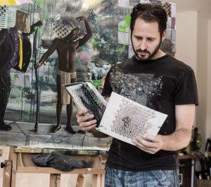 Künstler Oliver Ende arbeitet arbeit mit 3D-Druck.