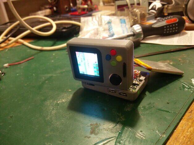Gameboy selber bauen mit Raspberry Pi und einem 3D-Drucker (Bild © thingiverse/ Rasmushauschild).