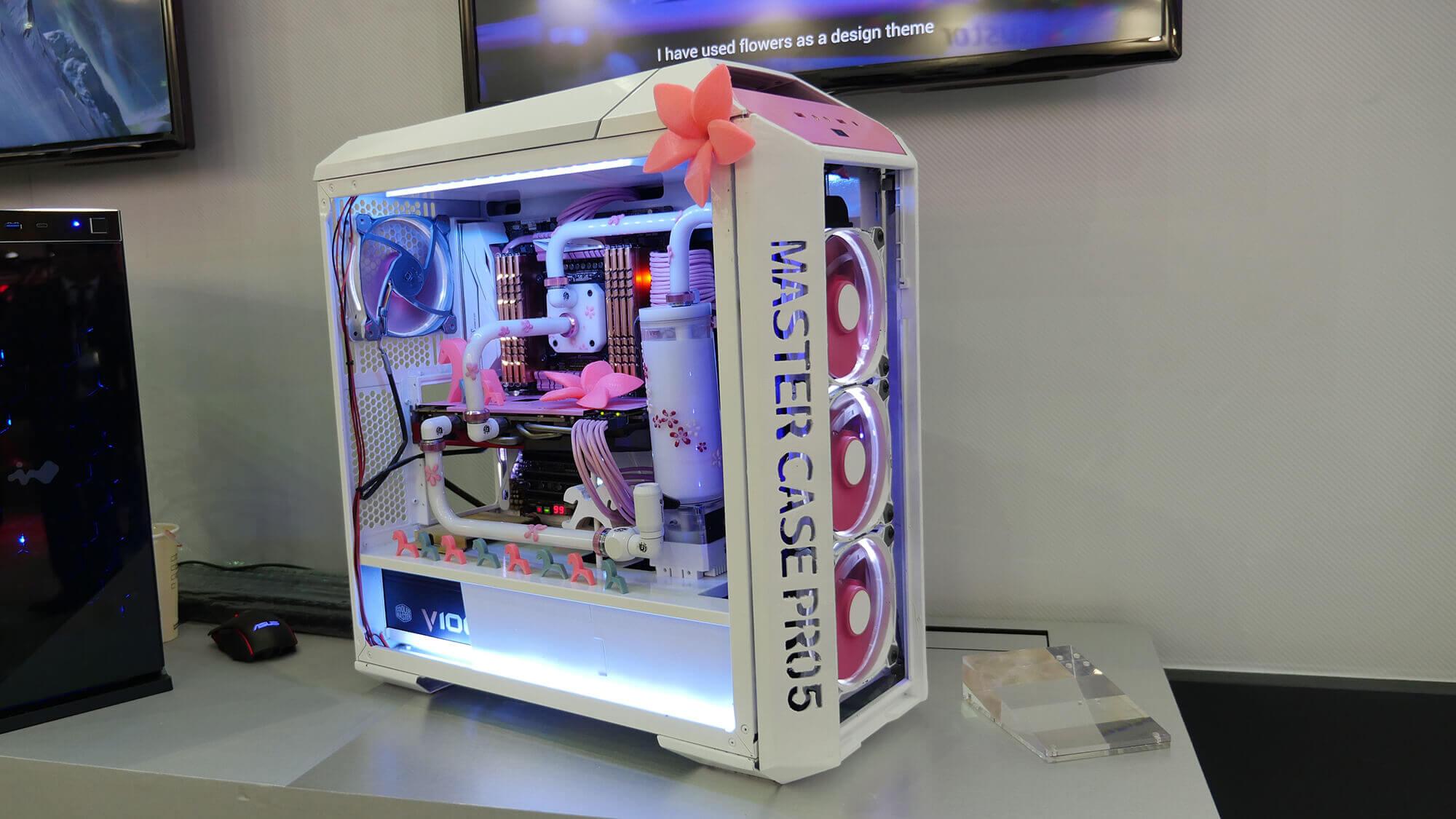 Frauen-Computer: Asus präsentiert ein Gehäuse aud dem 3D-Drucker für die weiblichen Kunden (Bild © rog.asus.com).