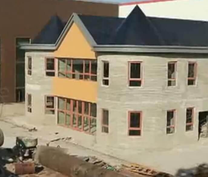 Das ist die fertige Villa aus dem 3D-Drucker in nur 45 Tagen erstellt (Bild © erstellt von 3D-grenzenlos aus dem im Beitrag verlinktem Video).