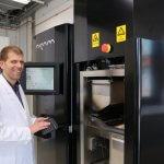 Forscher am 3D-Drucker.