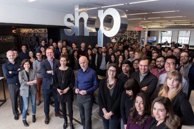 Alle Mitarbeiter des New Yorker Architekturbüros SHoP. (Bild: © shoparc.com)