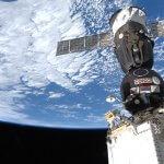 Sojus-Rakete an ISS.