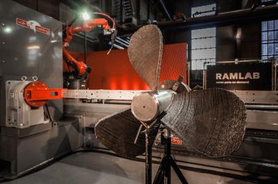 3D-Drucker erstellt Schiffsschraube