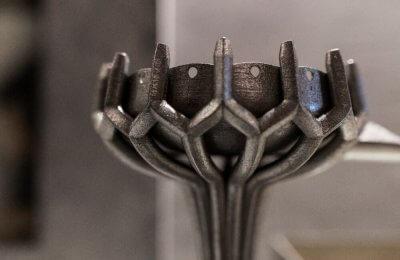 Nahaufnahme von Metalldruckobjekt