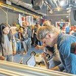 Teilnehmer der ersten Mini Maker Faire 2016