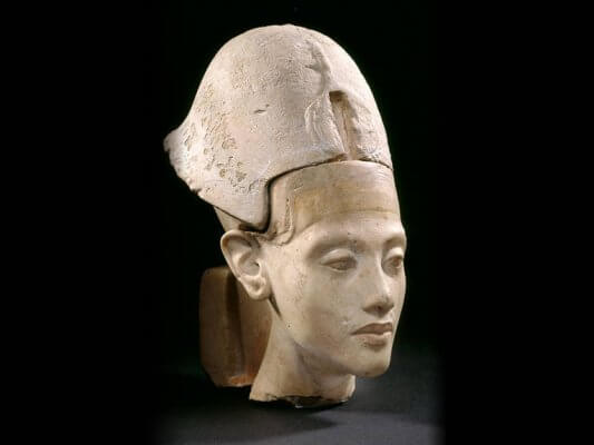 Originalbüste des Pharaos Echnaton