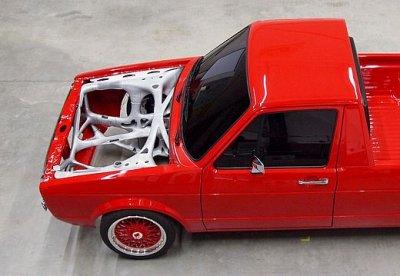 VW Caddy mit Vorderwagenstruktur
