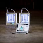 Ultimaker 3D-Drucker mit Laptop