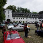 """Oldtimer bei """"Cars & Castle"""" Oldtimertreffen in Moers."""
