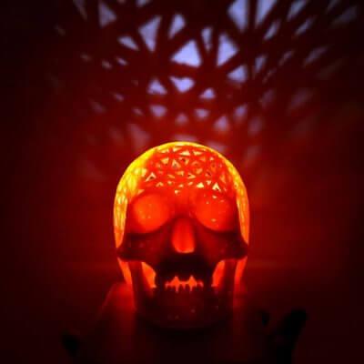 Totenkopf-Lampe aus 3D-Drucker