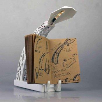 Lampe mit Tablet-Halterung aus dem 3D-Drucker