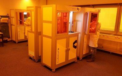 Kontrolle der Caligma 200 Hot Lithography 3D-Drucker von Cubicure.