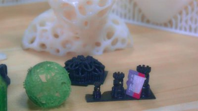 800 Gramm Harz für den 3D-Drucker ergeben 230 Schachfiguren