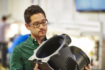 Qualitätskontrolle eines 3D-gedruckten Objekts.