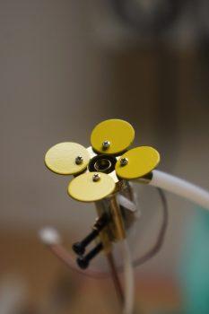 Nahaufnahme einer 3D-gedruckten Roboterblume