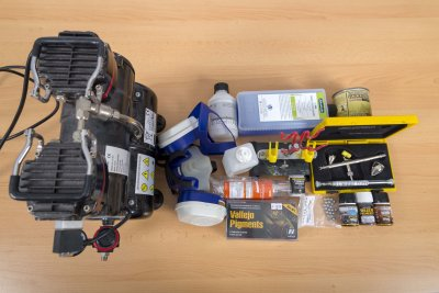 Equipment für das Bemalen von 3D-Druck-Objekten