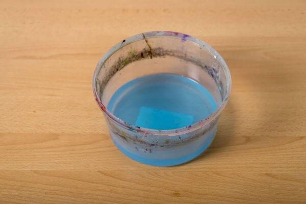 Wasserreservoir beim Bemalen von 3D-Objekten