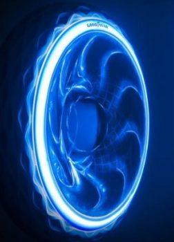 Li-Fi sorgt für Dateaustausch zw. Reifen und Infrastruktur