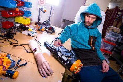 Nerf Gun Hackerloop durch Muskelaktivität gezündet