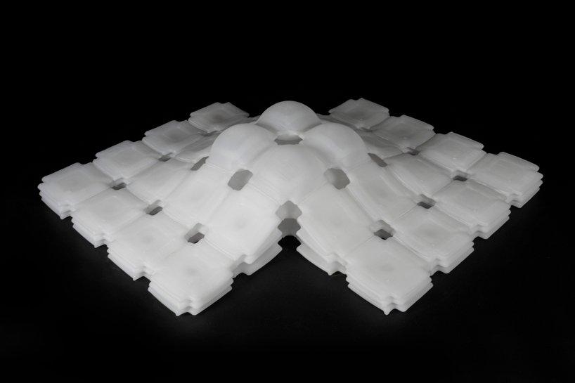 gedruckte Luftpolster mit dem Material vom MIT und BMW