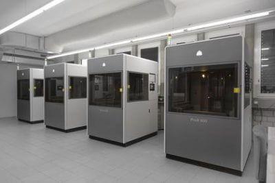 3D Systems ProX 800 bei Sauber in der Zentrale stehend