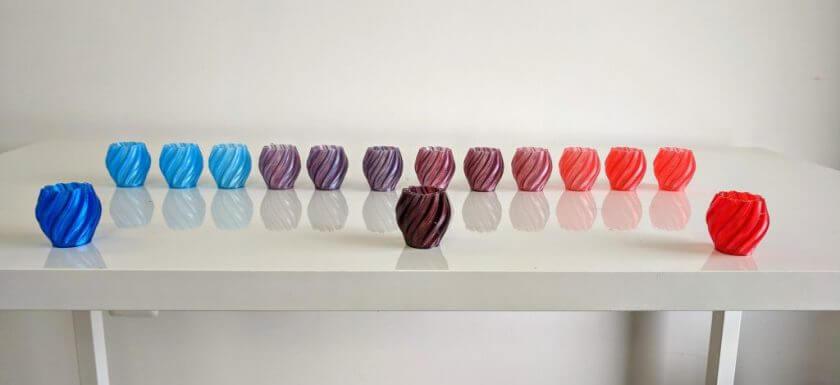 3D-gedruckte Objekte, die in Farben gedruckt wurden