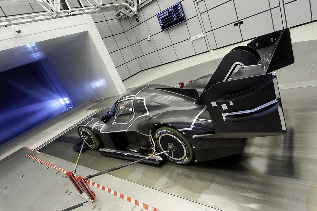 Bild des Autos von VW