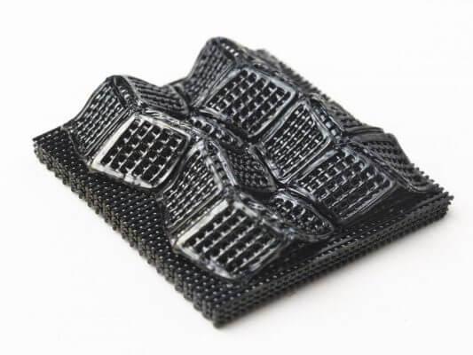 gedrucktes Objekt aus Keramik