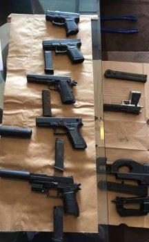 Beschlagnahmte Waffen von Sichen Sun