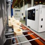 F900 Stratasys 3D-Drucker und Objekte, die daraus entstanden