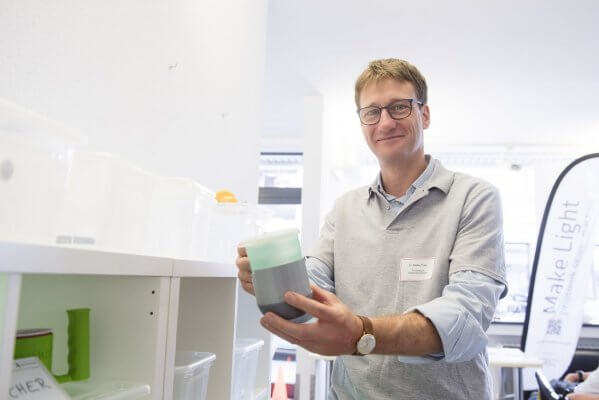 Dr. Bastian Pelka