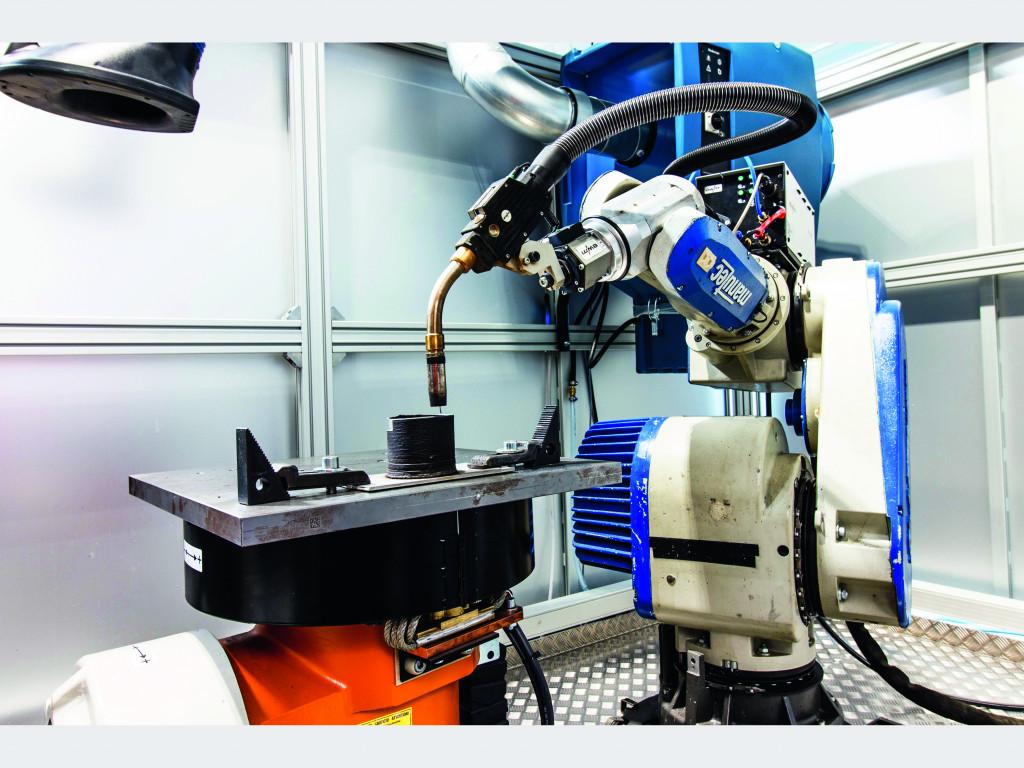 Universität Hannover entwickelt Wire Arc Additive Manufacturing-Roboter (WAAM) als Alternative für spanende Bearbeitung