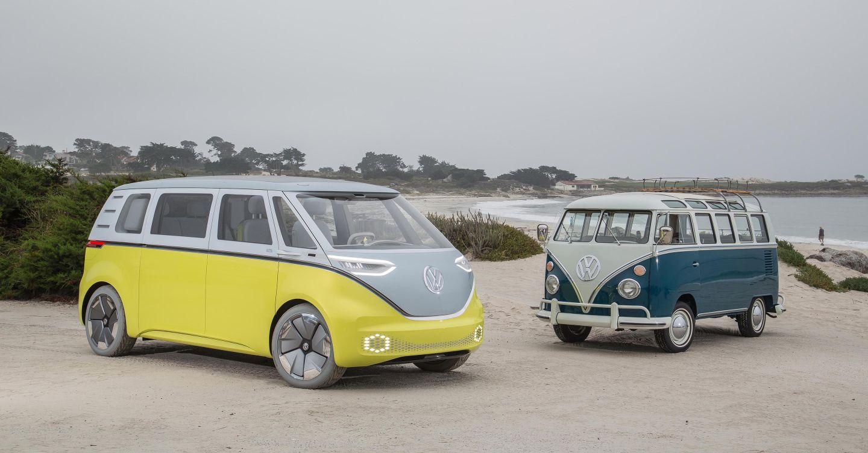 VW ID Buzz neben einem weiteren Bus