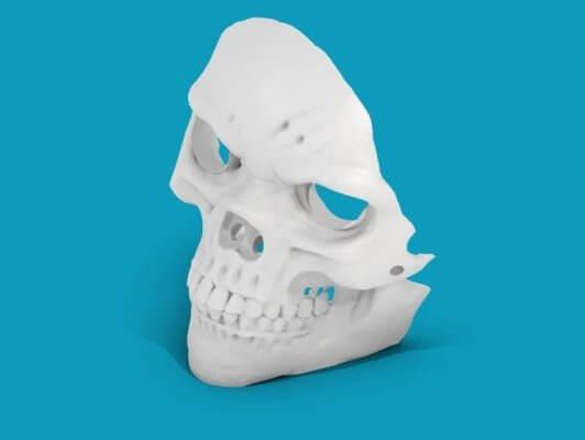 Totenkopf-Maske aus 3D-Drucker
