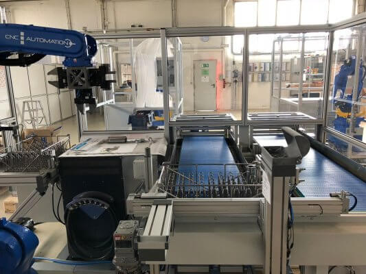 Bild der Arbeitsgeräte bei CNC Automation