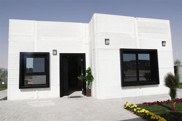 in saudi arabien entsteht haus aus 3d drucker in nur zwei tagen. Black Bedroom Furniture Sets. Home Design Ideas