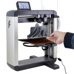 FELIXprinters Pro 3 3D-Drucker mit 3D-Druckobjekt