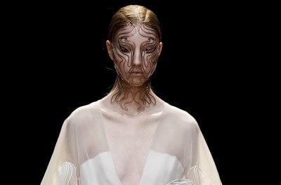 Model mit Cellchemy Gesichtsmaske