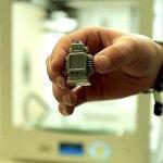 3D-gedrucktes Objekt gehalten von einer Person