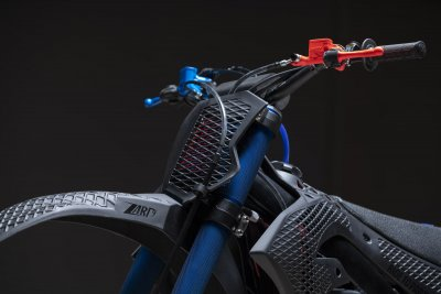Kawasaki 3D Core Seitenansicht vorne