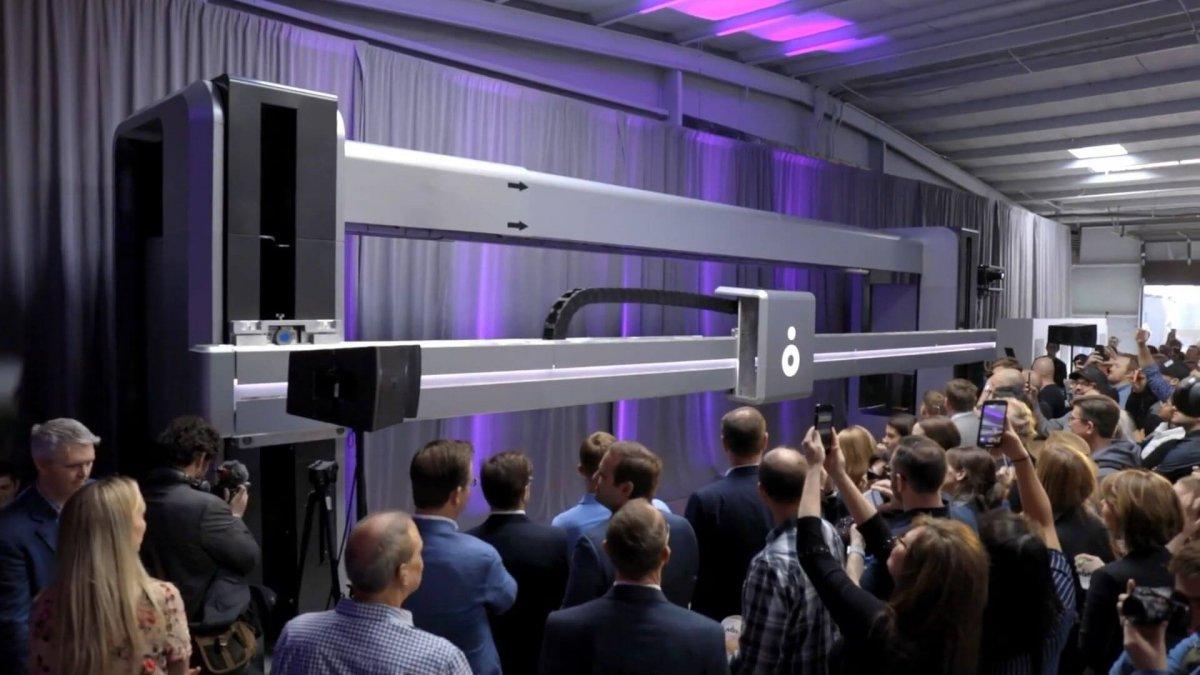 ICON stellt neuen Großformat-3D-Drucker Vulcan II für Häuser und andere Bauwerke vor