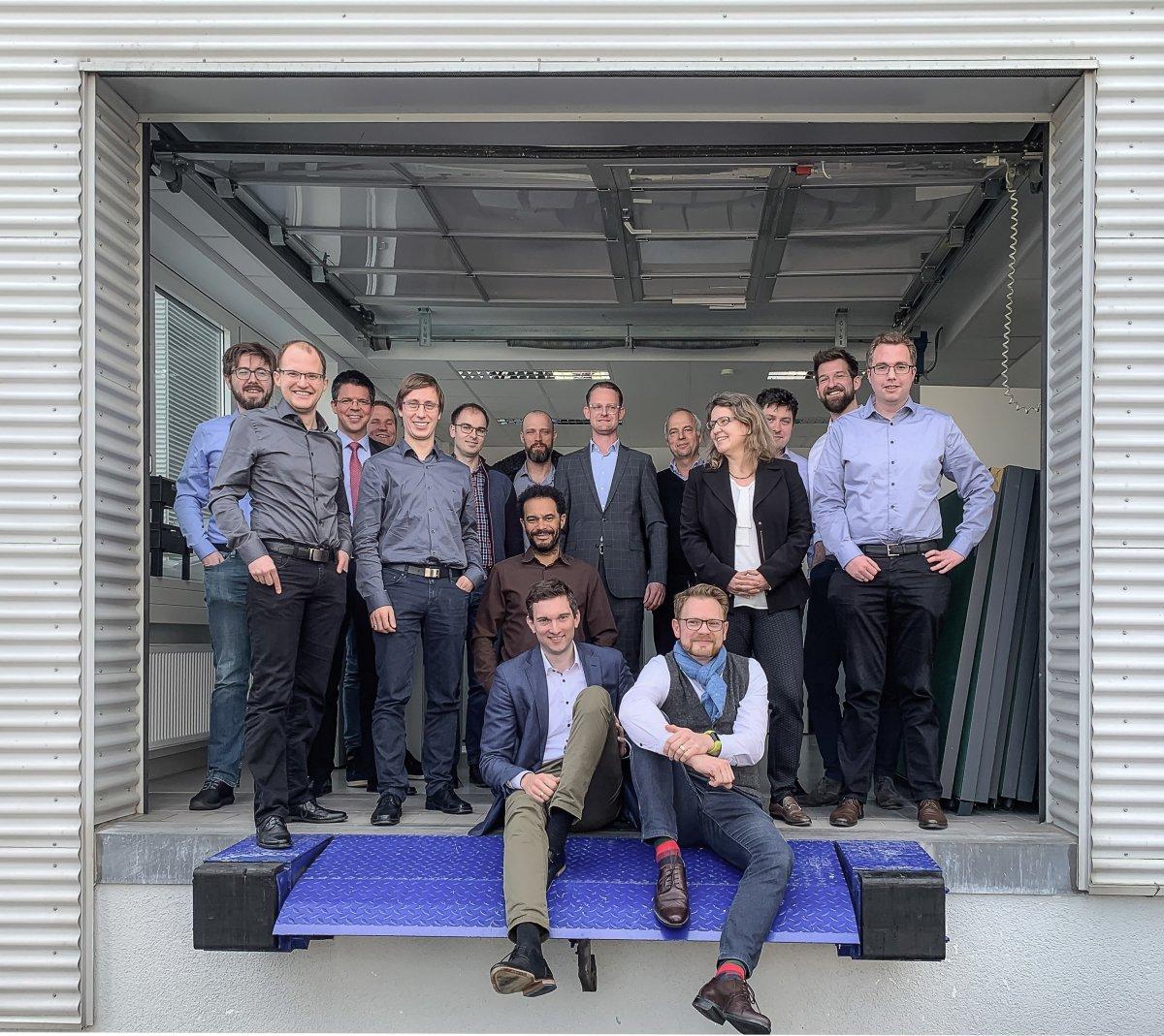 """Nano-3D-Druck-Spezialist Nanoscribe arbeitet mit am staatlich geförderten Projekt """"MiLiQuant"""" für miniaturisierte Lichtquellen im industriellen Einsatz"""