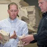 Metallteil aus dem 3D-Drucker für Militärfahrzeug der USA
